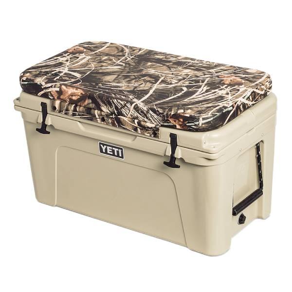 Yeti Tundra Seat Cushion in Camo Max 4, Size 105 Camping Gear