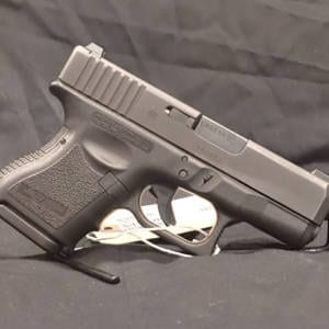Pre-Owned - Glock G26, 9mm, 3 Mags