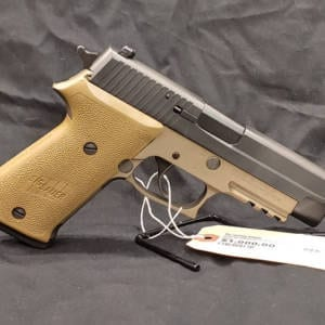 Pre-Owned Sig 220 G414494 45 AUTO