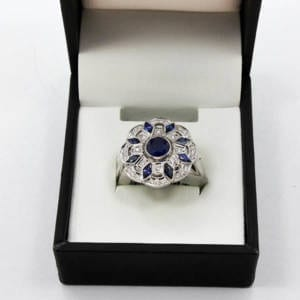 1.50 Carat Sapphire and .18 Carat Diamond Gold Ring 6.70 Grams