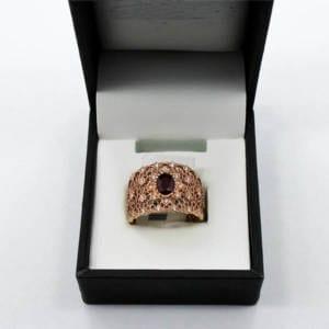 Ruby and Diamond Gold Ring 5.17 Grams – 0.29 Carat Diamond 0.74 Carat Ruby Jewelry