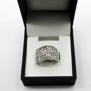 Diamond & Silver Gold Ring 3.85 Grams - 0.33 Carats