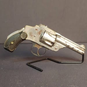 Pre-Owned – Smith & Wesson .32 S&W Break Action Revolver Handguns