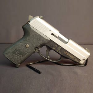 Pre-Owned – Sig Sauer P239 .40 S&W Two Tone 3.6″ Handgun Firearms