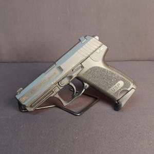 Pre-Owned – HK USP 9mm Compact 3.5″ Handgun Firearms
