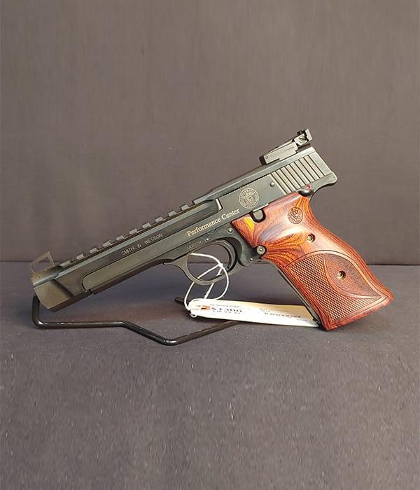 Pre-Owned – S&W M41 PC Single-Action .22 LR Handgun Handguns