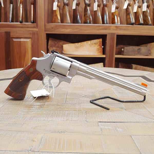 Pre-Owned – Smith & Wesson M629-6 .44 Mag Revolver Firearms