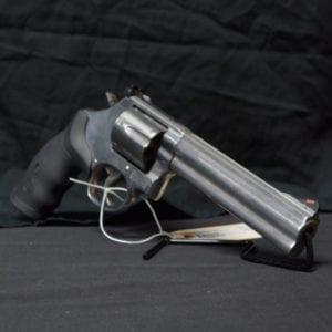 Pre-Owned – S&W 686 Plus SA/DA .357 Mag 6″ Revolver Firearms