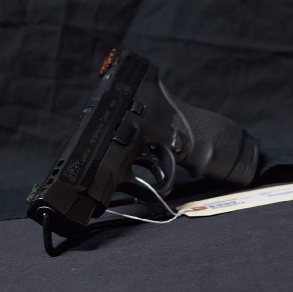 Pre-Owned – S&W M&P9 Shield M2.0 Semi-Auto 9mm 4″ Handgun Firearms