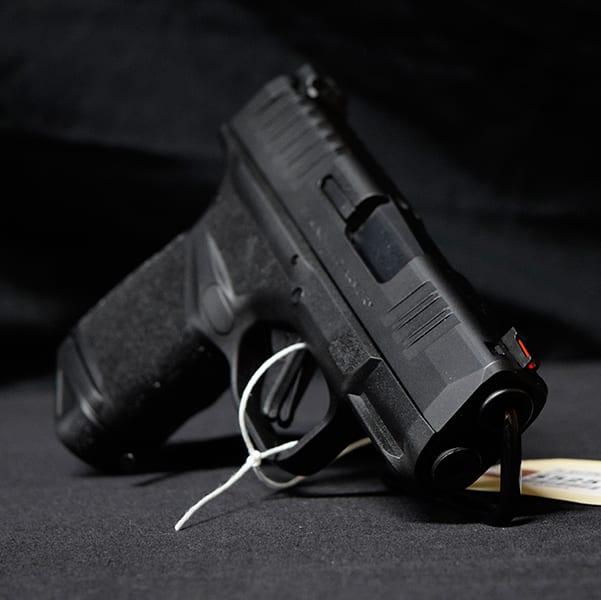 Pre-Owned – Springfield Hellcat Semi-Auto 9mm 3″ Handgun Firearms