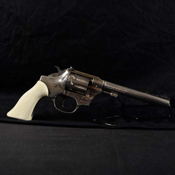 Pre-Owned – Hi Standard Sentinel R-101 DA .22 LR 6″ Revolver Firearms