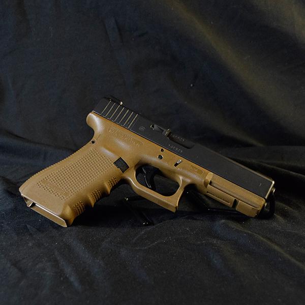 Pre-Owned – Glock G22 GEN4 Double 40SW 4.25″ Handgun Firearms